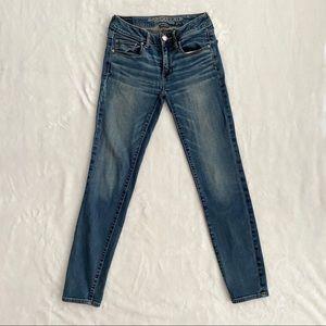 AMERICAN EAGLE Super Stretch Skinny Jeans, Size 2R
